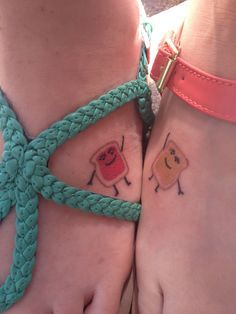 Best friend tattoo. For my bestest friend in the whole world, Jen! So cute! Maybe this summer we can get them!