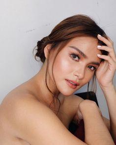 Instagram post by Elisse Joson • Jan 22, 2019 at 12:35pm UTC Filipina, Pretty Girls, Pop Culture, Beautiful People, Hoop Earrings, Make Up, Celebrities, Instagram Posts, Inspiration
