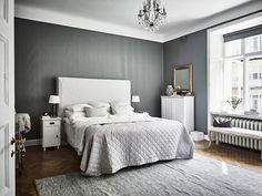 smakfullt renoverad vning med vlbevarade u dansk inredning och design
