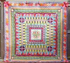 Round Robin quilt using mostly, maybe all, polka dots; Medallion quilt done! | Flickr - Photo Sharing!