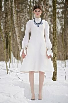 Los animales de peluche que pretende poner de moda Vika Gazinskaya o de cómo las rusas monopolizan el circo de la moda | Fashionisima.es