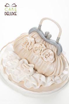foodfulife: Cake Design Tutorial: Silk Clutch Bag (advanced)