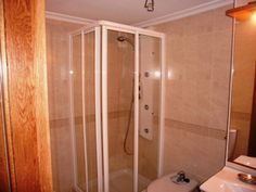 Shower Room  : With with hydromassage shower , WC and vanaty unit and toilet,