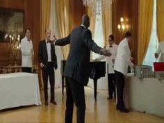 The Intouchables - Dance Scene [HD friendship,trust and human possibility vey touching. The Intouchables - Dance Scene BoogieWonderland Kate Winslet, Series Movies, Movies And Tv Shows, Leonardo Dicaprio, The Intouchables, Boogie Wonderland, Earth Wind & Fire, French Movies, Best Dance