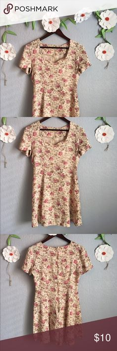 """Adorable Floral Sundress Casual floral sundress! Flowy, soft fabric with short sleeves and adorable neck line. Perfect for warm summer days or with tights for fall! Waist(laid flat) 15"""", length 33"""". ModCloth Dresses Midi"""