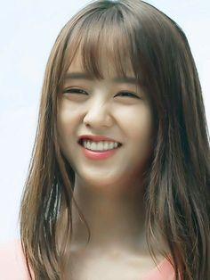 Kim so hyun smile