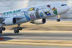 Hello Kitty Plane