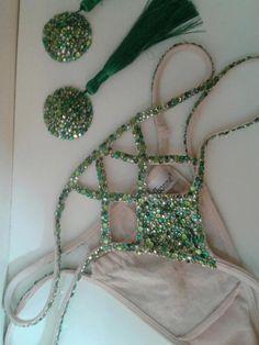 Vintage Burlesque Costume Inspiration / https://sphotos-a.xx.fbcdn.net/hphotos-prn1/19706_10200231231455998_1415612722_n.jpg