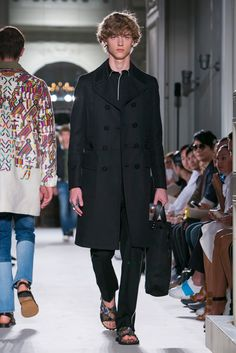 A look from the Valentino Spring 2016 Menswear collection.