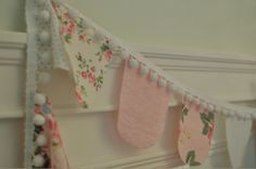 Ooh pretty garland for the tea party? Fabric Garland, Bunting Garland, Fabric Bunting, Diy Bunting, Bunting Ideas, Banner Ideas, Bunting Flags, Party Bunting, Party Flags