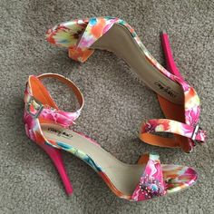 🎉Host Pick🎉Sexy Strappy Tropical Shoes Brand new never worn. Vibrant colors. Great for a fun time especially on vacation. Mossimo Supply Co Shoes Heels