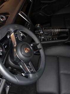 Mercedes Girl, Mercedes Amg, Black Porsche, Porsche Cars, My Dream Car, Dream Cars, Tn Nike, Dubai Vacation, Car Backgrounds