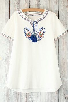 Retro Floral Embroidery Round Neck Short Sleeve T-Shirt WHITE: Tees | ZAFUL