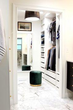 DIY an Organized Closet {big or small!} with the Ikea PAX Wardrobe System Ikea Closet System, Walk In Closet Ikea, Ikea Closet Hack, Ikea Pax Wardrobe, Closet Hacks, Walk In Closet Design, Closet Designs, Small Walk In Wardrobe, Ikea Closet Design