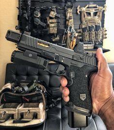Revolver, Weapons Guns, Guns And Ammo, Zombie Weapons, Ar Pistol, Combat Gear, Custom Guns, Military Guns, Cool Guns