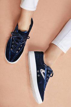 Slide View: 1: Tretorn Velvet Nylite Sneakers