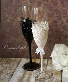 Wedding Champagne Flutes Black & White Wedding Champagne Glasses Wedding Toasting Flutes Bride and Groom Bridal Glasses, Wedding Toasting Glasses, Wedding Champagne Flutes, Toasting Flutes, Champagne Glasses, Marie's Wedding, Wedding Toasts, Wedding Gifts, Gatsby Wedding
