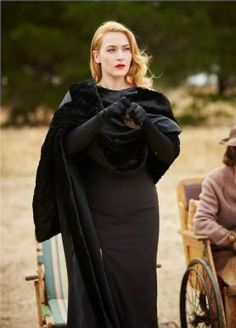 the dressmaker movie costumes – Kate winslet – fashion DIY Kate Winslet, The Dressmaker Movie, Vintage Outfits, Vintage Fashion, Vintage Vogue, Vintage Dress, Vintage Style, Movie Costumes, Schneider