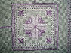 Dolci e Ricami: Il cuscino a punto antico per la Mary