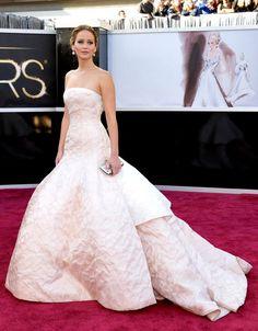 Jennifer-Lawrence-Oscars-2013