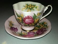 Beautifully Colored Queen Anne Fine Bone China Floral Teacup & Saucer England