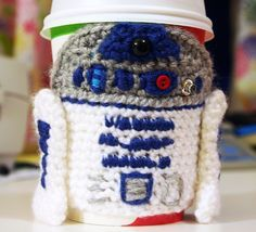 R2D2 Crochet Coffee Cup Cozy Via Twinkie Chan