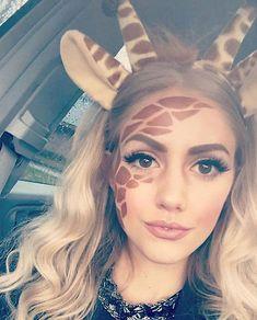 Giraffen-Halloween-Make-up - www. - This is Halloween - Make-up Halloween Costume Diy, Halloween Mono, Halloween Makeup Looks, Holidays Halloween, Diy Costumes, Couple Costumes, Halloween Nails, Costume Ideas, Halloween Recipe