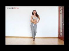 A video tutorial of basic salsa steps Cool Dance Moves, Lets Dance, Zumba Fitness, Salsa Club, Salsa Dance Lessons, Christophe André, Baile Latino, Belly Dancing Classes, Salsa Dancing