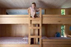 | bunk room |