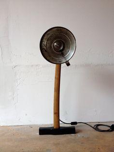 POLIFEMO // Floor lamp spotlight // Recycled // Wood by Spulvraz