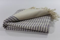 knotty. turkish linen towels