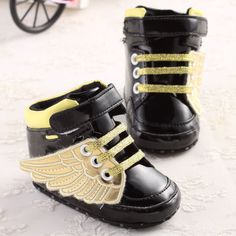 Sale 12% (8.13$) - Golden Black Wings Cool Baby Boy Girl Toddler Crib Shoes