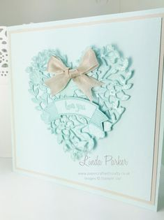 Papercraft With Crafty, Bloomin Heart Thinlits Die, Valentine Card, Stampin Up. #papercraftwithcrafty #lindaparker #valentine card