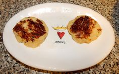 Ideal Protein Phase 1 CHEESY CHEDDAR CHEESE, SOUR CREAM & CHiVES CAULiFLOWER PATTiES using QUEST chips!