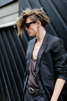 Sophus Ritto - Hairstyle - New Oxford Street, London. #Hairstyle #Amazing