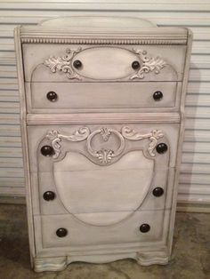 Great Chest I Painted With DIXIE BELLE Chalk Paint. Driftwood, Dry Brushed Drop  Cloth And Glazed. Paintiques By Lisa Harrison