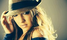 UF Alumna Margeaux Jordan Makes Music Her Own Way