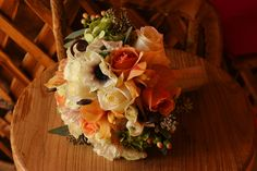 Some of the most talented florist are in Sonoma wine country to create your wedding flowers. phot by DUPhotography.com