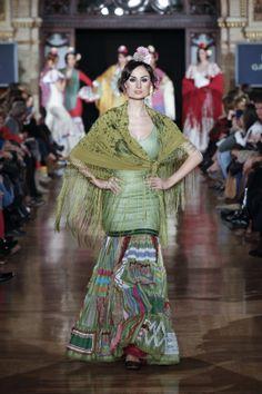 pepa garrido | flamenco fashion | trajes flamenco | Green Mermaid dress & Green Mantilla | Green Manton | A NEW take on the Sevillana Dress  Flamenco boutique: flamencoboutique.com Facebook.com/flamencoboutique