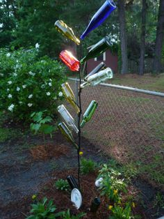 Country+Junk+Yard+Art+Ideas | new garden art projects, especially junk garden art ! I have tried