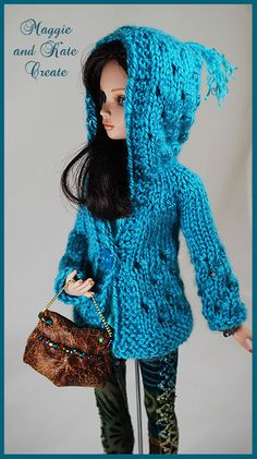 Knitting Dolls Clothes, Crochet Barbie Clothes, Knitted Dolls, Crochet Dolls, Barbie Kids, Barbie Dolls, Barbie Patterns, Doll Clothes Patterns, Barbie Wardrobe