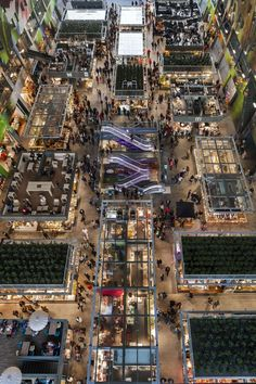 On October 1st 2014, Queen Máxima of the Netherlands officially opened the first covered market hall in Rotterdam Netherlands. Titled, the Markthal Rotterdam. In English terms, the Market. Besides the large market hall, the complex houses 228 apartments, 15,000 sq. ft of retail space, 17,000 sq. ft of horeca, (Dutch for hotel/restaurant/café) and an underground 4-story parking garage with a capacity of 1200+ cars.