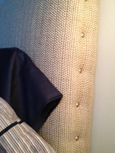 DIY Padded Headboard | MRA :: the penny pinching preppy