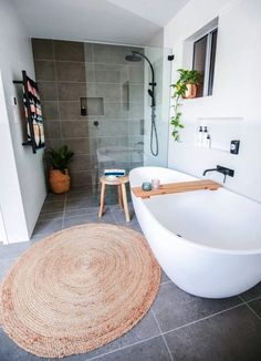 House call: Warning Shelleys home will likely cause bathroom envy!