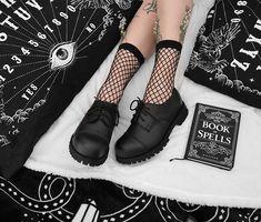 ZIBRU.COM (@zibrucom) • Zdjęcia i filmy na Instagramie All Black, Black And White, Doc Martens Oxfords, Alternative Girls, Grunge Outfits, Platform Shoes, Oxford Shoes, Leather, Instagram