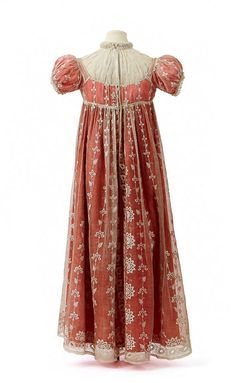 dress trim 1809 | Town dress with chemisette owned by Empress Josephine, First Empire ...