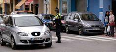 La policía informa sobre aparcar sobre los pasos de cebra en Segorbe
