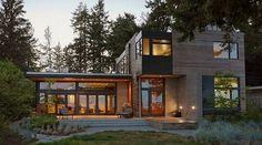 Casa contemporánea con características de diseño sostenible cerca de Seattle…
