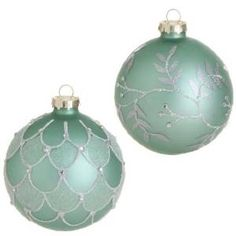 I like these whimsical, dreamy mint green Christmas ornaments for my own mystical Christmas. Mint green Christmas decorations, why not? Painted Ornaments, Glitter Ornaments, Ball Ornaments, Diy Christmas Ornaments, Christmas Decorations, Xmas Baubles, Christmas Mantels, Vintage Ornaments, Vintage Santas