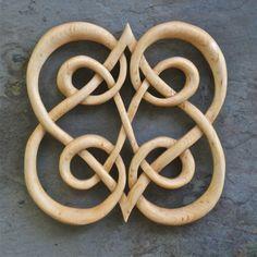 Viking Heart Knot | Wooden Crosses